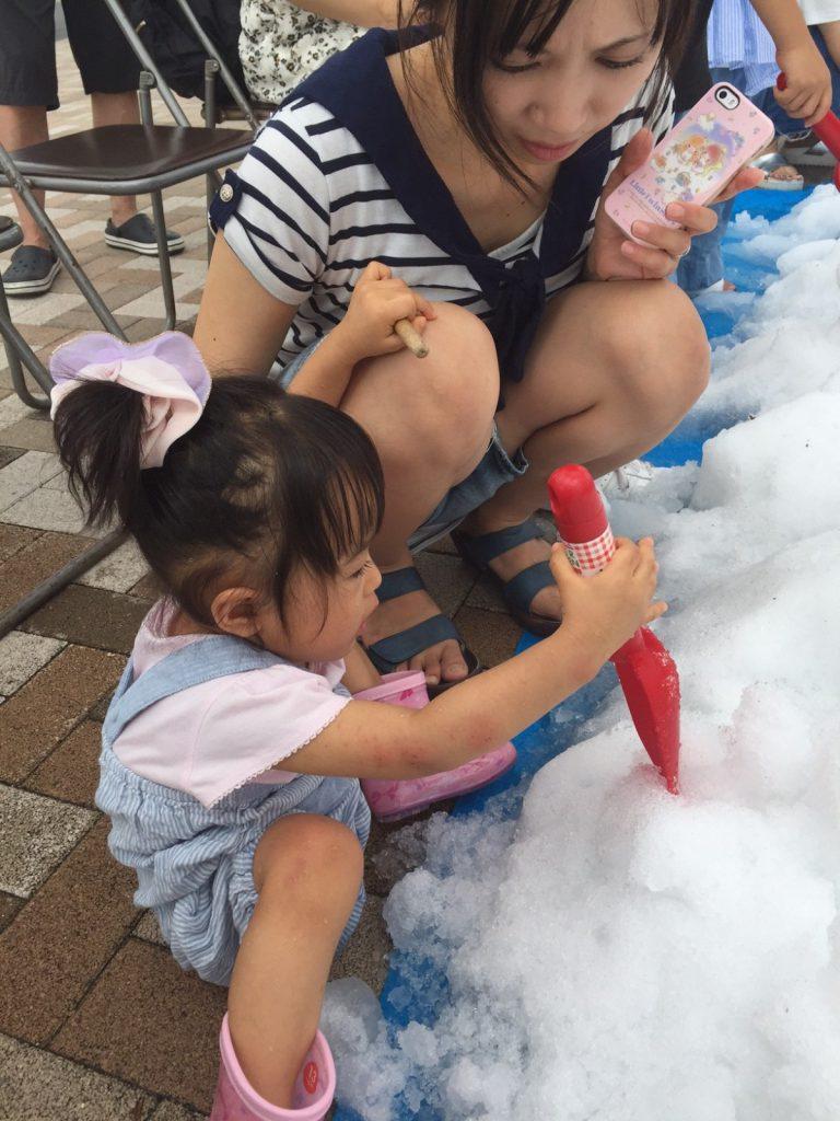 神戸ハウジングセンター姫路会場_雪遊び5